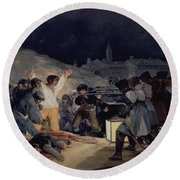 Execution Of The Defenders Of Madrid Round Beach Towel
