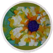 Eye Of The Flower Round Beach Towel