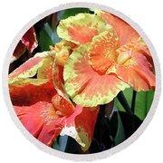 F24 Cannas Flower Round Beach Towel
