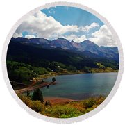 Fall Color At Trout Lake Round Beach Towel