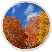 Fall Colors In Spokane Round Beach Towel
