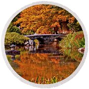 Fall In The Japanese Gardens Round Beach Towel