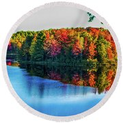 Fall On The Lake In Wisconsin Round Beach Towel