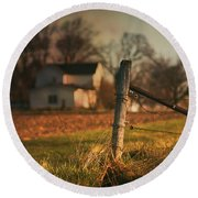 Farmhouse And Fence Post Round Beach Towel