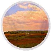 Farmland In Gettysburg Round Beach Towel