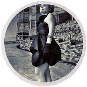 Fashionable Woman And Mansion Round Beach Towel
