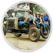 Father And Daughter In The Tractor Parade Round Beach Towel
