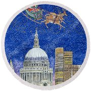 Father Christmas Flying Over London Round Beach Towel