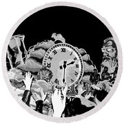 Father Time In Black And White Round Beach Towel