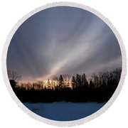 February Dawn Over Mississippi River Round Beach Towel
