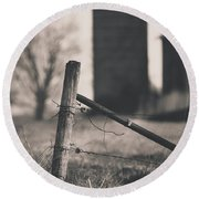 Fence Post In Black And White Round Beach Towel