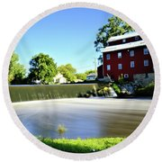 Fertile Dam Round Beach Towel