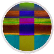 Figure Round Beach Towel