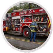 Firemen - The Modern Fire Truck Round Beach Towel