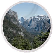 First View Of Yosemite Valley Round Beach Towel