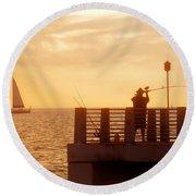 Fishing The Gulf Round Beach Towel