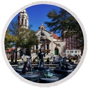 Five Points Fountain Round Beach Towel