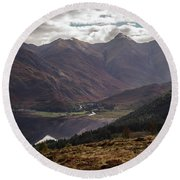 Five Sisters Of Kintail Round Beach Towel