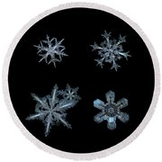 Five Snowflakes On Black 3 Round Beach Towel