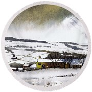 Fleeting Light Stainland Round Beach Towel