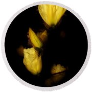 Floating Yellow Magnolia Blossoms Round Beach Towel