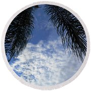 Florida Palm Fronds Blowing In The Breeze Round Beach Towel