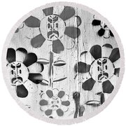 Flower Face B W Round Beach Towel