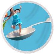 Flower Girl Round Beach Towel