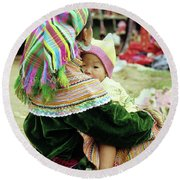 Flower Hmong Mother And Baby 02 Round Beach Towel