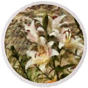 Flower - Lily - White Lily Round Beach Towel