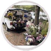 Flower Truck On Nantucket Round Beach Towel