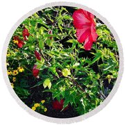 Flowers Of Bethany Beach - Hibiscus And Black-eyed Susams Round Beach Towel
