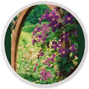 Flowers On Vine  Round Beach Towel