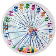 Flying Saucers Round Beach Towel