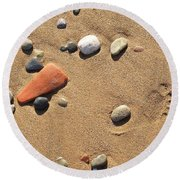 Footprint On Sand Round Beach Towel