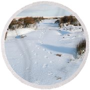 Footprints In The Snow V Round Beach Towel