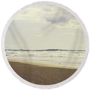 Footprints On The Shore Round Beach Towel
