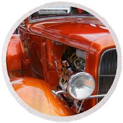 Ford V8 Right Side View Round Beach Towel