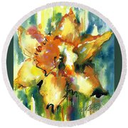 Forest Daffodil In Rain Round Beach Towel