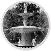 Forsyth Park Fountain Black And White With Vignette Round Beach Towel