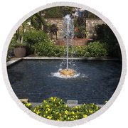 Fountain And Peppers Round Beach Towel