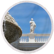 Fountain In The Piazza Round Beach Towel