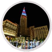 Fountains At The Tower Round Beach Towel