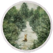 Fox In The Flurries Round Beach Towel