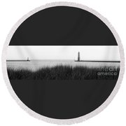 Frankfort North Breakwater Lighthouse Michigan Round Beach Towel