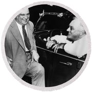 Franklin Roosevelt And Fiorello Laguardia In Hyde Park - 1938 Round Beach Towel