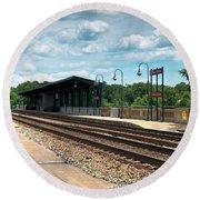 Fredericksburg Rail Station Round Beach Towel