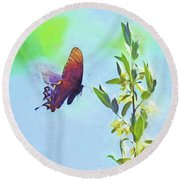 Free To Fly - Butterfly In Flight Round Beach Towel