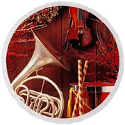 French Horn Christmas Still Life Round Beach Towel