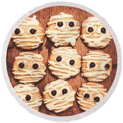 Frightened Mummy Baked Biscuits Round Beach Towel